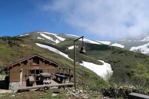 10平標山と山ノ家