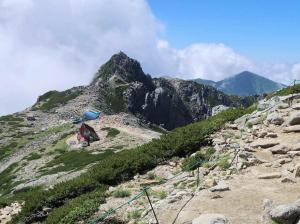 44岩峰・宝剣岳を望む